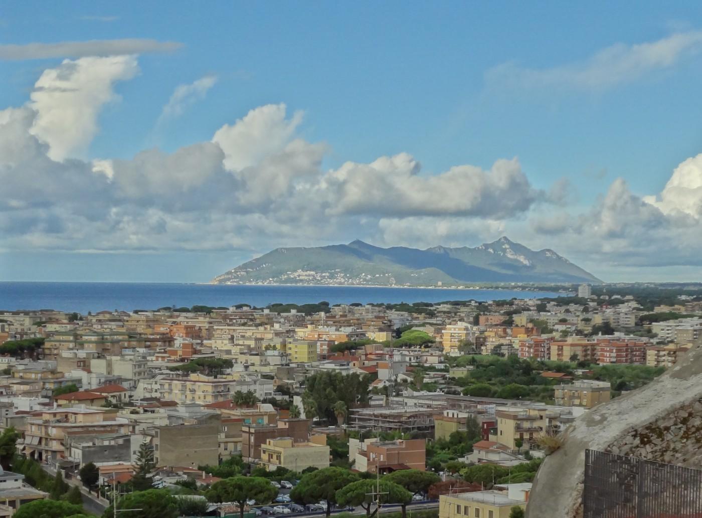 torrione_San_Giovanni_esterno_orizz. le_Dimore-del_Quartetto