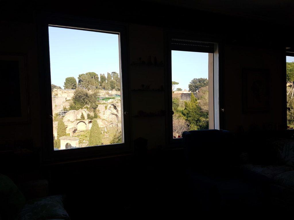 finestre_casa_Pontecorvo_le_dimore_del_quartetto