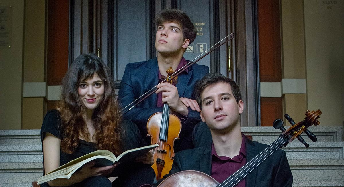 dimore_quartetto_trio incendio